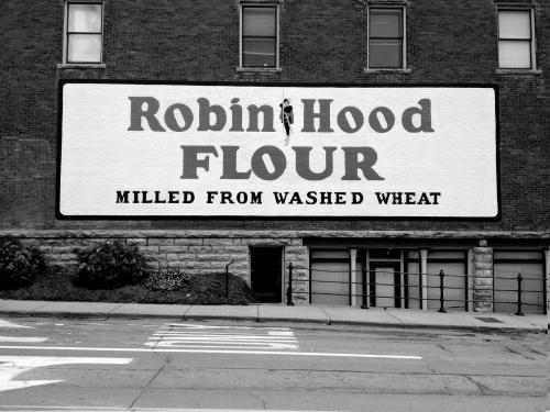 Robin_Hood_Flour_0502bw